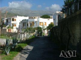 Piano terra con ampio giardino a San Nicola Arcella