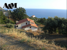 Villa Bifamiliare con terreno a Cetraro