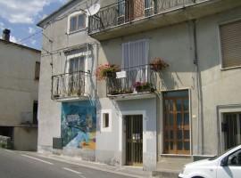Casa indipendente a Castelluccio inferiore (PZ)