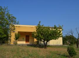 Rif. Marconia DT - Villa immersa nel verde