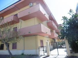 Appartamento al Piano Primo Zona Centrale